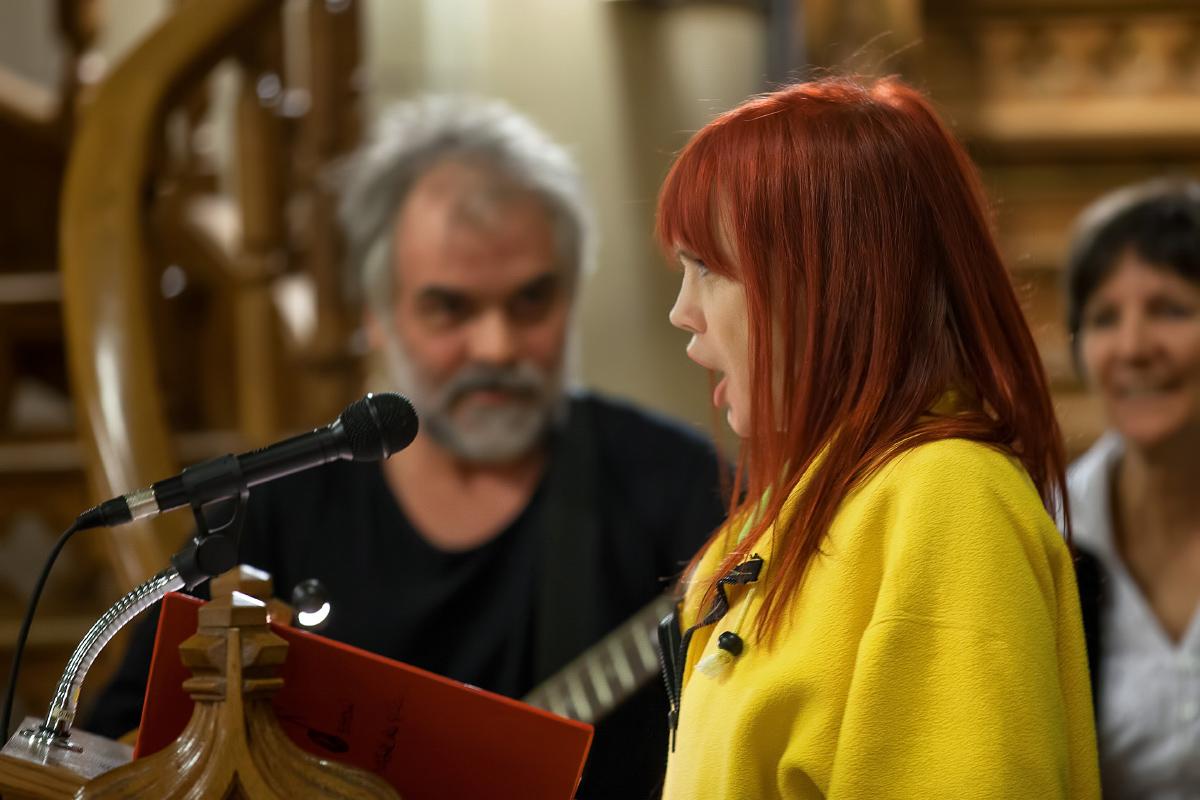 Chloé Sainte-Marie et son musicien Gilles Tessier